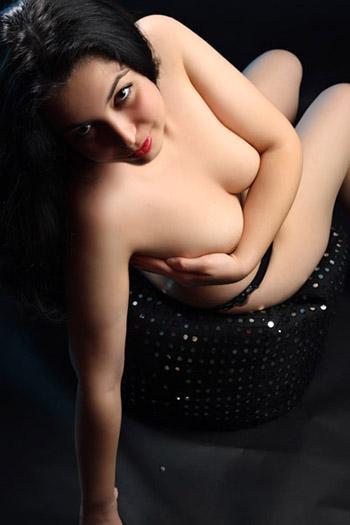 Kira Girl Hairless Bulgaria Shower & Bath Games Sex z nagrywaniem modelek towarzyskich z Berlina