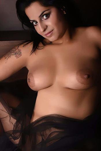 Berlin big boobs whore escort Mandy sex od tyłu