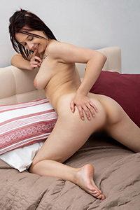 Spontanicznie poznaj hostessę Enricę do seksu i erotyki ciężarówką lub serwisem samochodowym za pośrednictwem agencji Escort Berlin